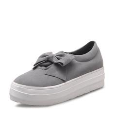 Kvinner Semsket Flat Hæl Flate sko Lukket Tå med Bowknot sko (086119387)