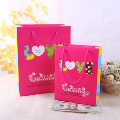 Non-personalized Fashionable Pearl Paper Gift Boxes (129060934)