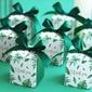 Jolie thème floral Cubique Carte papier Boites de faveur et conteneurs avec Rubans (Lot de 20) (050203426)