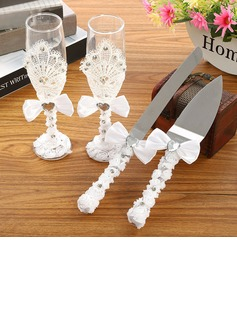 Simple Design/Classic Toasting Flutes With Ribbon Bow (126199823)