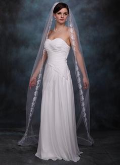 Uma camada Borda com aplicação de renda Véus de noivas capela com Aplicação (006002241)