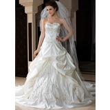 Three-tier Cathedral Bridal Veils With Scalloped Edge (006036669)