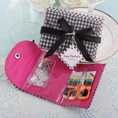 Black & White Houndstooth Sewing Kit With Ribbons (051041818)