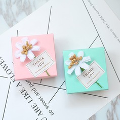 Card Paper Favor Boxes & Containers With Ribbons (Set of 50) (050203415)